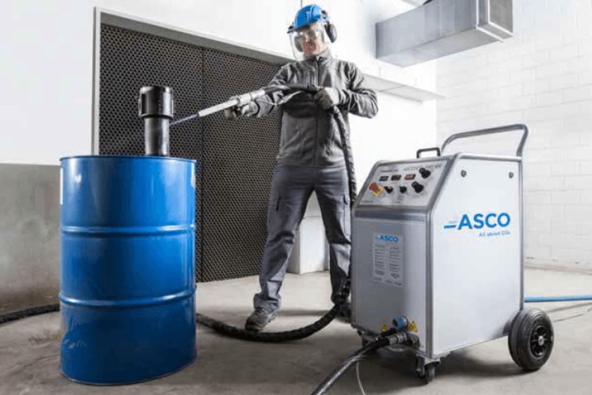 Le nettoyage industriel cryogénique : une technique d'avenir