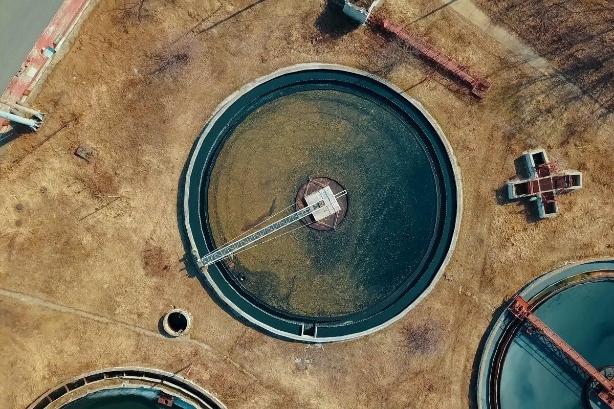 Postes de relevage pour eaux usées et pluviales sans cuve ni rétention à 3 pompes