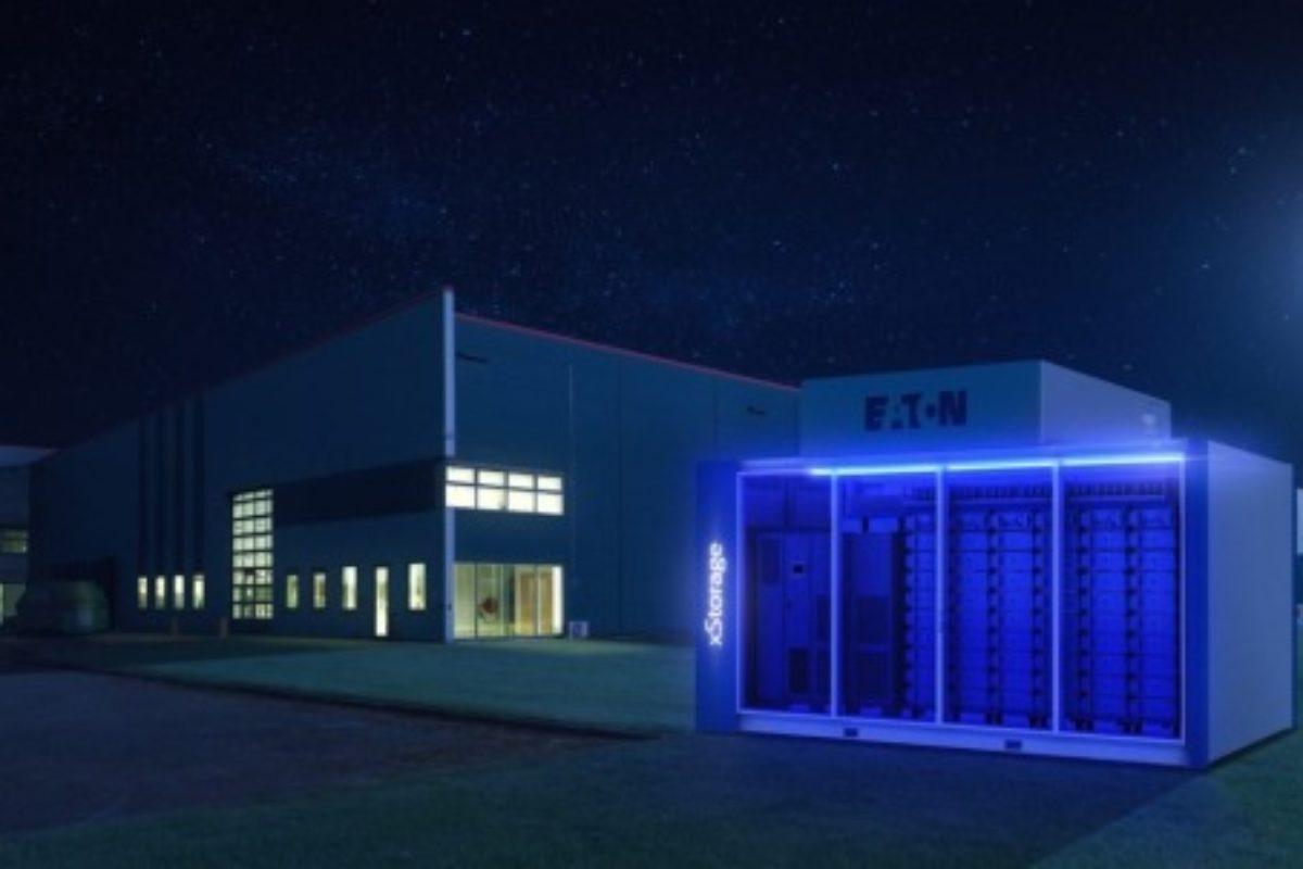 Le stockage d'énergie dans les bâtiments industriels facile et efficace
