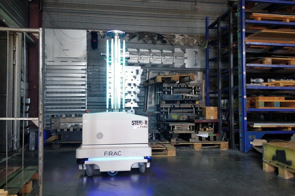 Covid-19: des robots pour désinfecter les locaux industriels