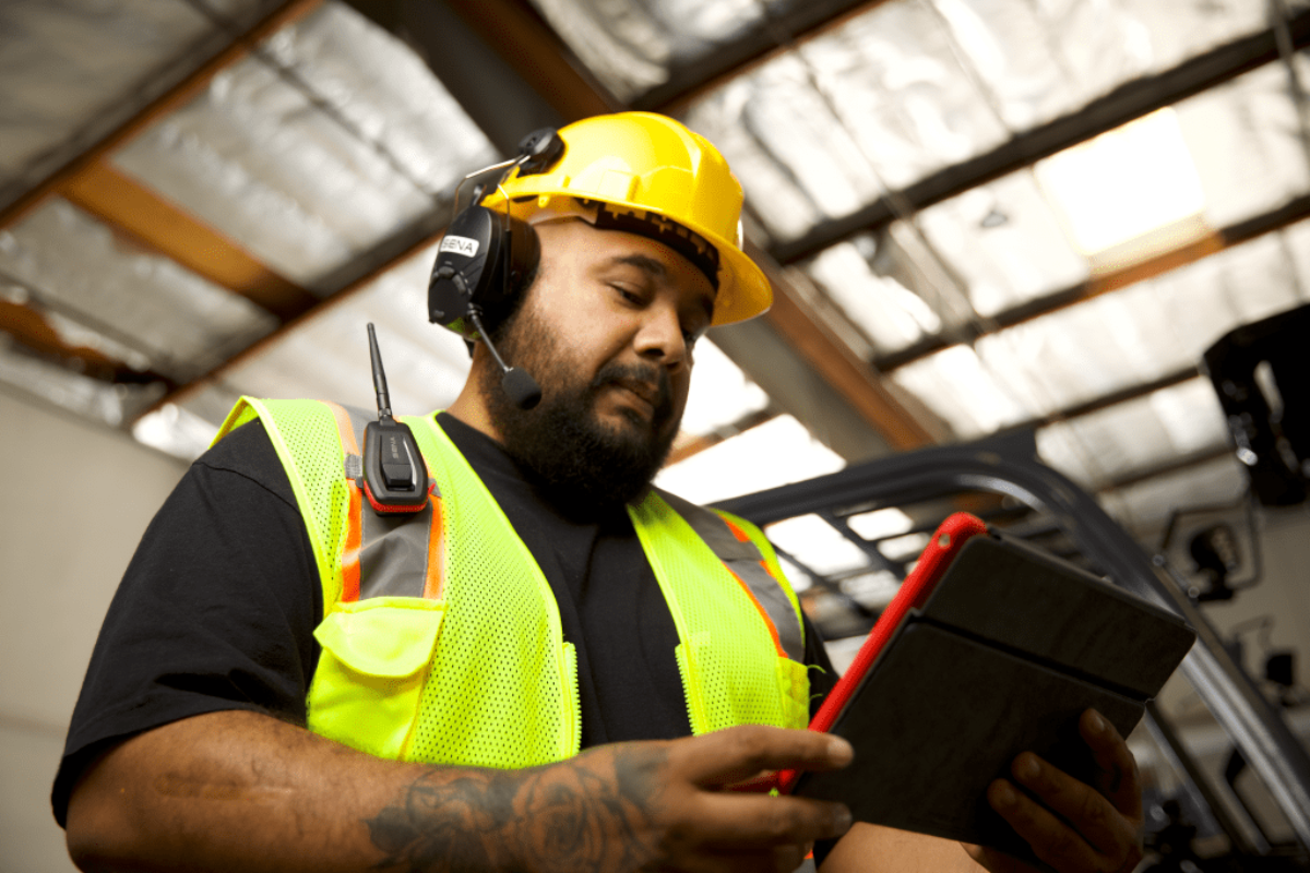 De la moto à l'industrie : des dispositifs de communication sans fil pour milieu industriel